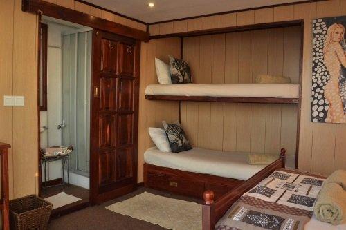 umbozha houseboats 009.jpg