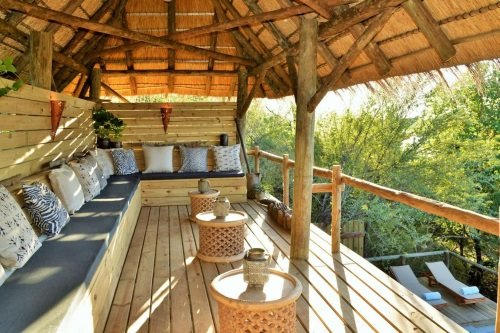 chobe bakwena lodge chill out.jpg