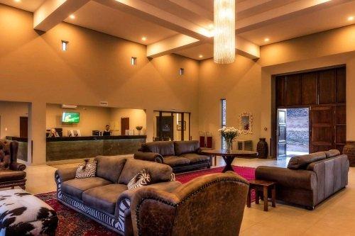springbok inn lounge.jpg