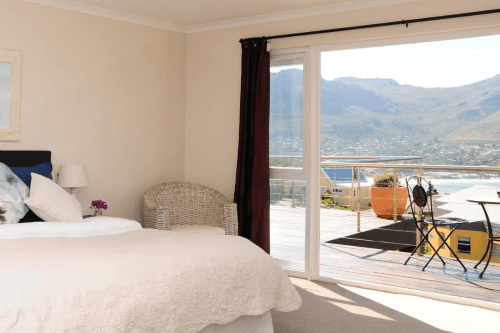 hout bay breeze guest house kamer 2.png