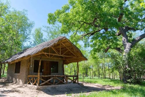asante afrika camp huisje.png