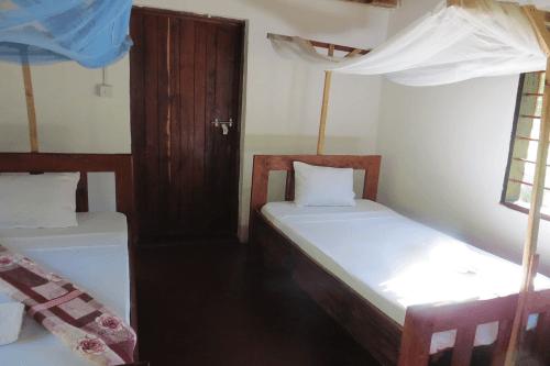 asante afrika camp kamer.png