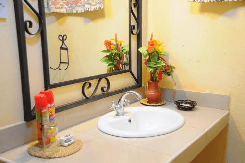 kudu lodge badkamer.png