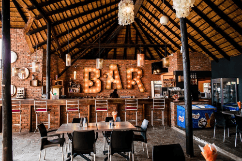 heja game lodge bar.png