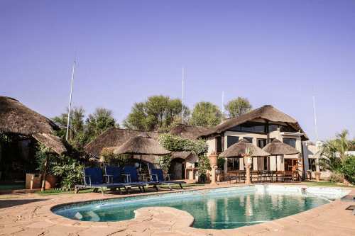 heja game lodge zwembad.png