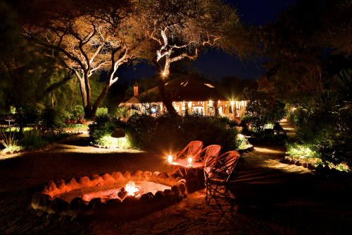 kibo safari camp booma.png