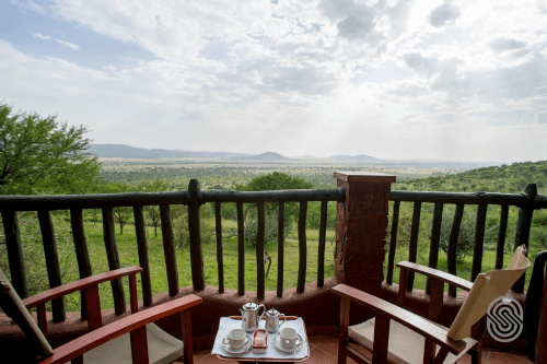 serengeti serena safari lodge balkon.png