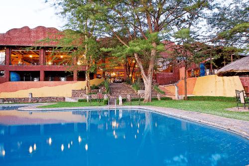 serengeti sopa lodge zwembad.png
