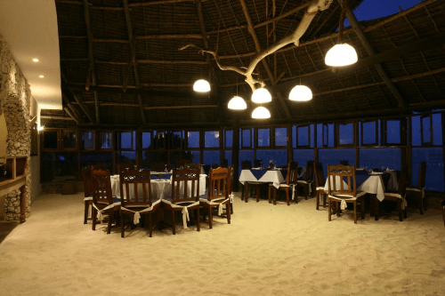 karafuu beach resort en spa restaurant 001.png
