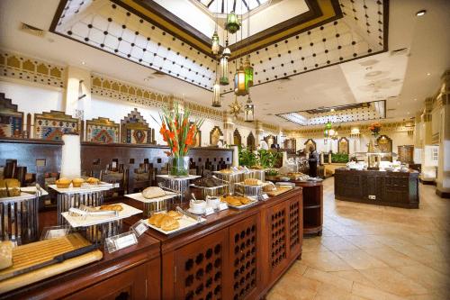 nairobi serena hotel buffet.png
