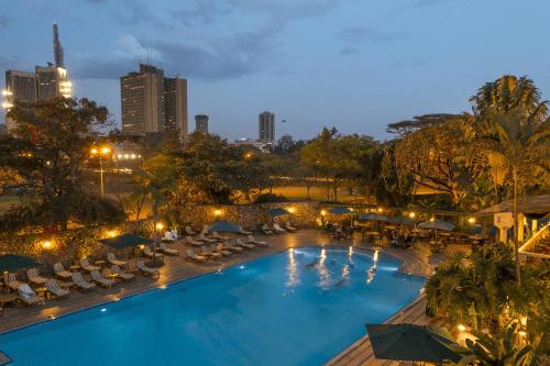 nairobi serena hotel zwembad.png