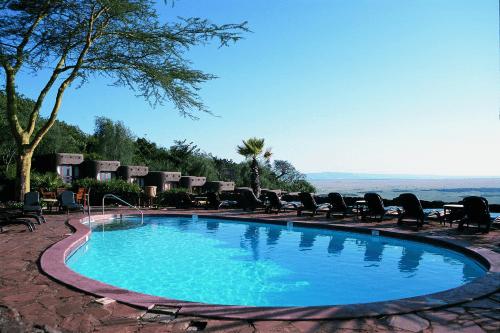 mara serena safari lodge zwembad.png