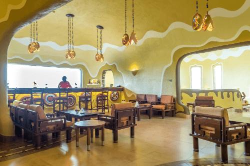 mara serena safari lodge bar.png