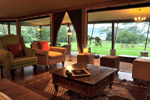 lake elmenteita serena camp lounge.png