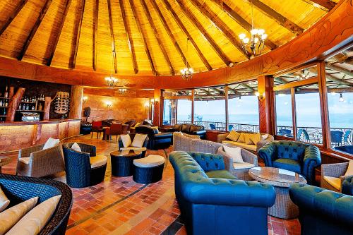 lake nakuru sopa lodge lounge bar.png