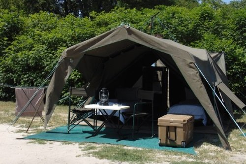 south gate moremi camp tent buitenkant.jpg