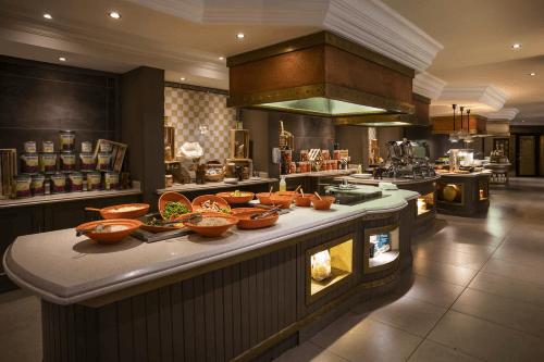 avani windhoek hotel buffet.png