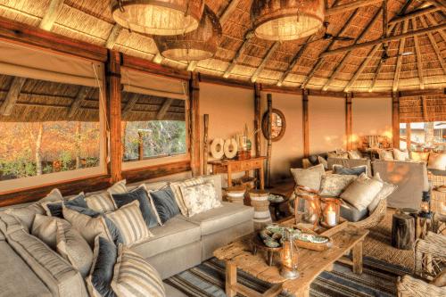 camp okavango lounge.png