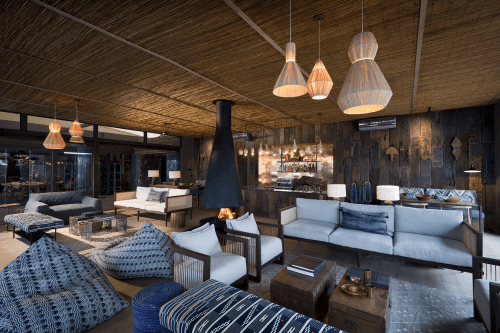 thorntree river lodge lounge.png