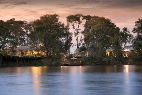 thorntree river lodge ligging aan zambezi rivier.png