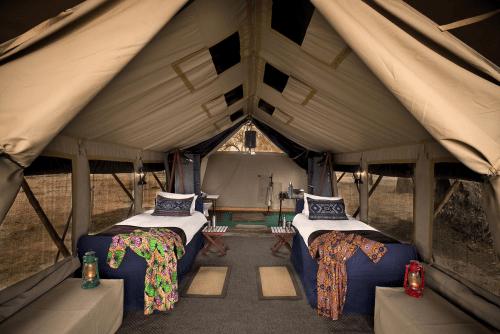 zambezi expeditions tent.png