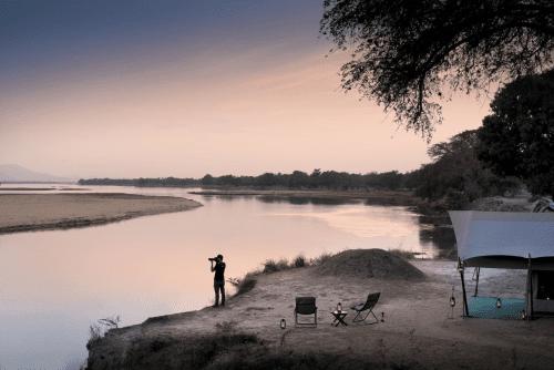 zambezi expeditions tent aan de rivier.png