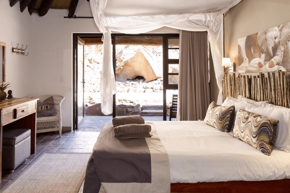 twyfelfontein country lodge kamer.png