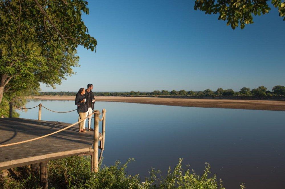 nkwali camp uitzicht rivier.jpg