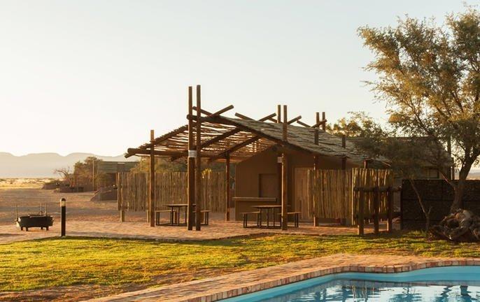 bushman's desert camp 003.jpg