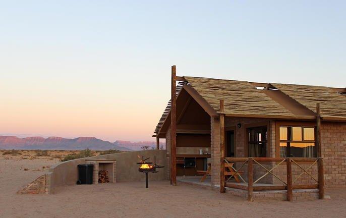bushman's desert camp 002.jpg
