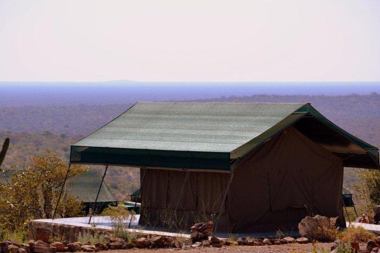 mondjila safari camp uitzicht.jpg