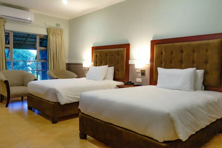 great zimbabwe hotel kamer.jpg