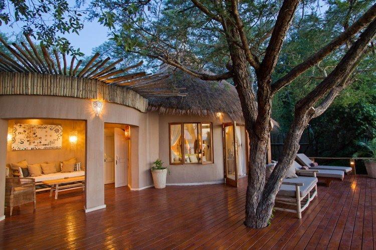 tongabezi lodge river cottage 001.jpg