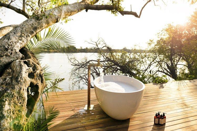 ila safari lodge buiten bad.jpg