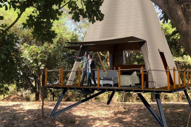 shawa luangwa camp kamer vanaf buiten.jpg