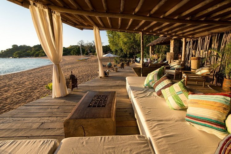 kaya mawa lounge aan het strand.jpg