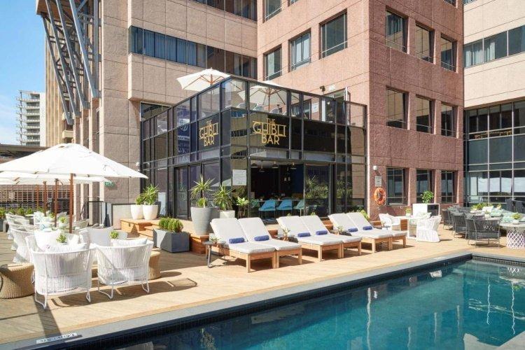 radisson blu hotel residence cape town zwembad.jpg