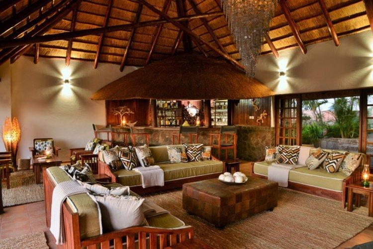 shashani matobo hills lodge lounge.jpg