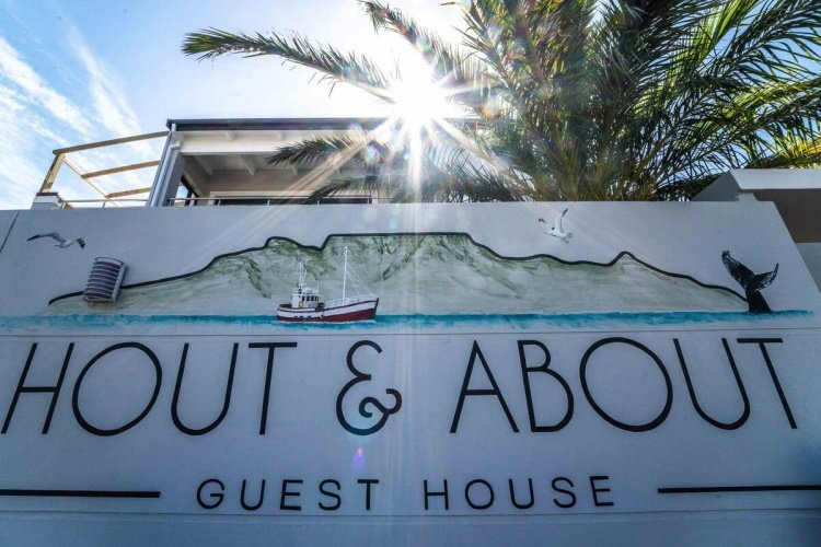 hout & about guest house welkom.jpg