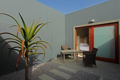 OrganicSquareGH terrace