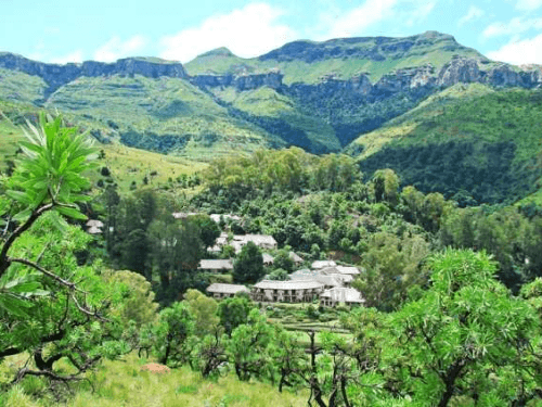 The Cavern Drakensberg Resort building a