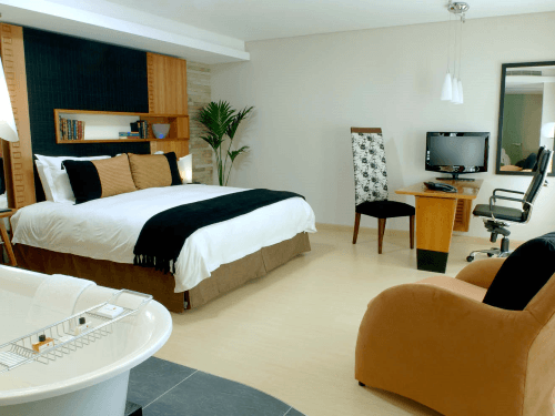 Townhouse Hotel room