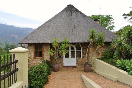 Emafini Guest Lodge 1