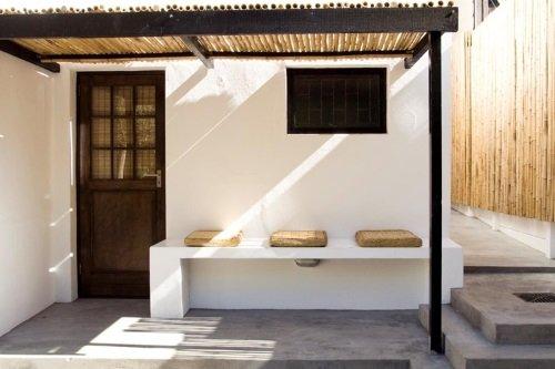 Antrim Villa kamer buitenkant met zitje