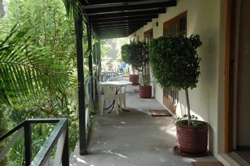 Blommenberg Guest House kamer buitenkant