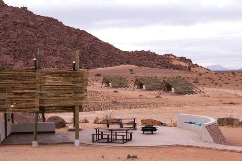 Desert Quiver Camp omgeving