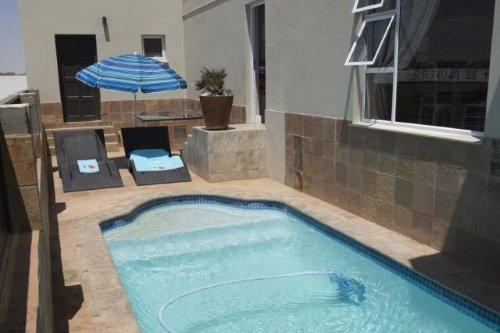 Atlantic Villa Guest House zwembadje