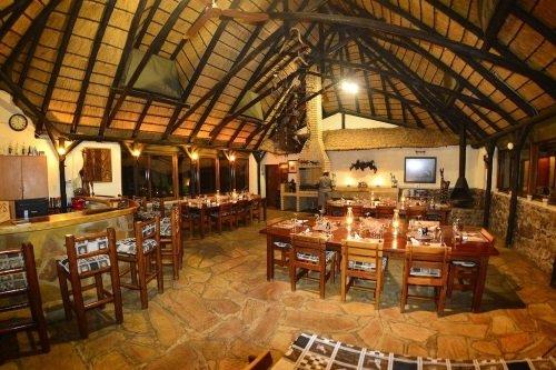 Rustig Toko Lodge restaurant