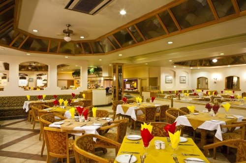 Safari Hotel restaurant