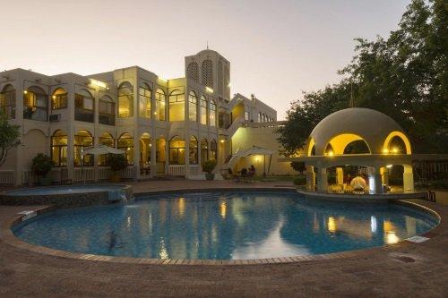 Victoria Falls Rainbow Hotel zwembad